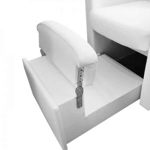 Педикюрен стол В9090 с вградено пространство за ваничка